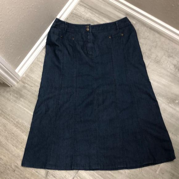 Larry Levine jeans Skirt (14) excellent condition